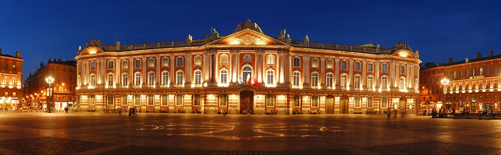 La place du Capitole la nuit