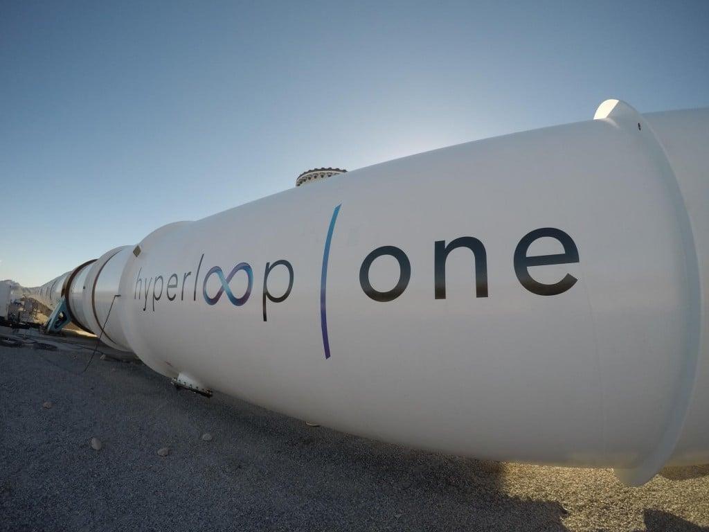 Photo d'un bout du tunnel de l'Hyperloop